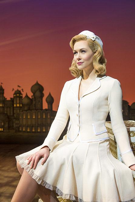 Savanna Stevenson como Glinda
